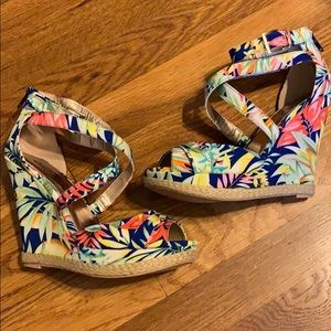 Tropical strappy wedges